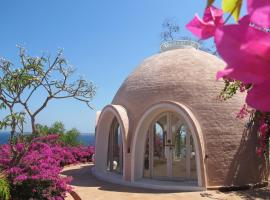 Mentigi Bay Dome Villa Tanjung Indonesia