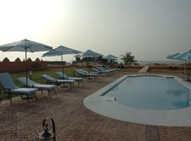 Hotel near Bakau: Dunes Resort