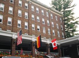 The Pines Inn Lake Placid USA