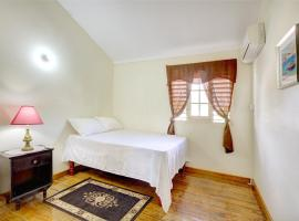 Hotel near  Norman Manley Intl  airport:  Gracie Homes