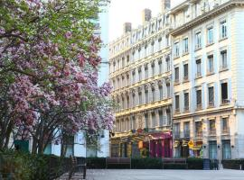 A picture of the hotel: Hotel des Celestins