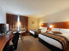 Hotel near  Brussels Natl  airport:  Crowne Plaza Brussels Airport