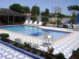 Hotel Photo: Hosteria Palmira Mar Tonsupa