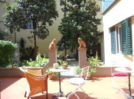 Bed and Breakfast I Due Leoni Florence Italy