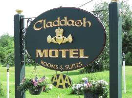 A picture of the hotel: Claddagh Motel & Suites
