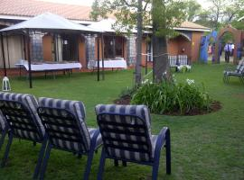 Hotel Photo: Villa Mexicana Guesthouse