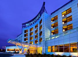 Hotel Photo: Novotel Montréal Aéroport