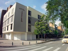Hotel Photo: Hotel Laureles 70