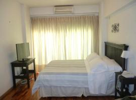 Hotel Photo: Castillo Apartamentos Recoleta
