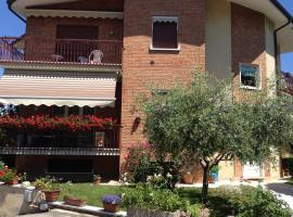 A picture of the hotel: Appartamenti Poggio di Giano