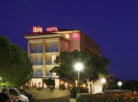 Hotel photo: ibis Hyeres Centre