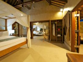 Hotel Photo: Three Monkeys Villas