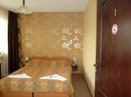 Hotel photo: Tarnovski Dom Guest Rooms