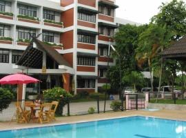 Hotel photo: YMCA International Hotel Chiang Rai
