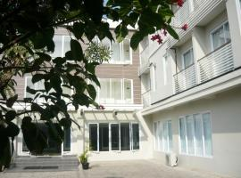 Hotel photo: Chrysant Premiere Residence