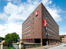 Hotel photo: ibis Hamburg Alsterring