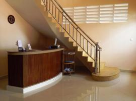 Hotel photo: Kampot Riverside Hotel