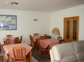 Hotel Photo: Residencial Stª Joana