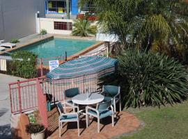 Hotel Photo: Caloundra Suncourt Motel