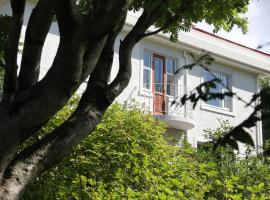 Hotel near Reykjavik airport : 27 Soley Guesthouse