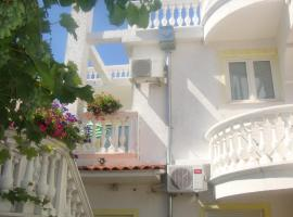 Hotel Photo: Apartments Vodice Marica