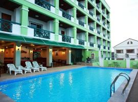 A picture of the hotel: Vansana Riverside Hotel