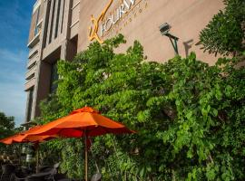 Hotel: The Grand Fourwings Convention Hotel Bangkok