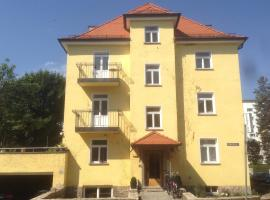 Hotel Photo: Pension Achtzimmer