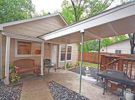 Hotel near  Camp Mabry Austin City  airport:  Payne Avenue Home by TurnKey Vacation Rentals