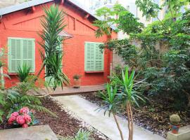 Hotel photo: Riviera Immo Partner - Little Red House