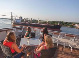 Hotel near Savannah: Cotton Sail Hotel Savannah Riverfront