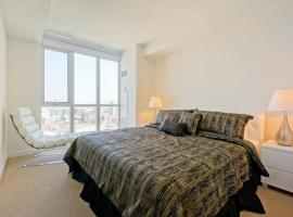 Hotel photo: Hydewest - Capreol Luxury Furnished Penthouse Apartment