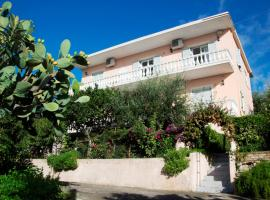 Apostolos & Eleni Family Apartments Perama Greece