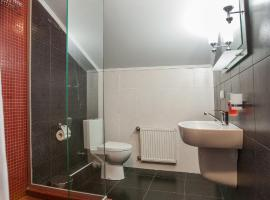 Hotel photo: Gostinyi Dvor Dobrynia