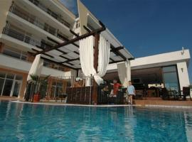 Hotel Photo: Apartments Bautik in Grand Kamelia
