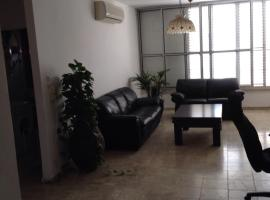 Hotel photo: Short Term Apartment in Raanana