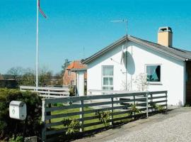 Hotel Photo: Holiday home Bakkevej E- 321