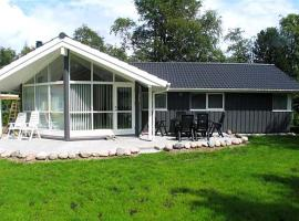 Hotel Photo: Holiday home Birkevej H- 428