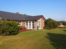 Hotel Photo: Holiday home Bjergbovej H- 436