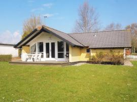 Hotel Photo: Holiday home Brombærvænget H- 676