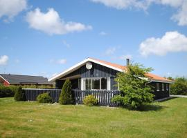 Hotel Photo: Holiday home Brombærvej F- 682