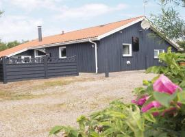 Hotel Photo: Holiday home Kr C- 2439