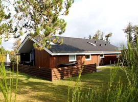 Hotel photo: Holiday home Kragevænget A- 2461