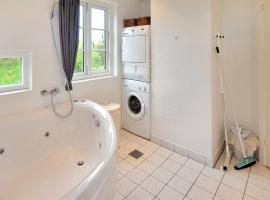Hotel Photo: Holiday home Lommen D- 2744