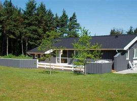 Hotel Photo: Holiday home Mievej B- 2974