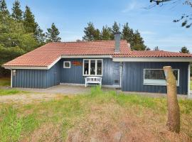 Hotel Photo: Holiday home Solsiden A- 4269