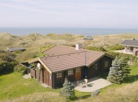 Hotel Photo: Holiday home Kragestranden G- 2459