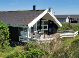 Hotel Photo: Holiday home Sandmarken F- 3898