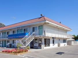 A picture of the hotel: Motel 6 Stockton - Charter Way West