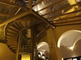 Hotel Photo: Borghese Palace Art Hotel